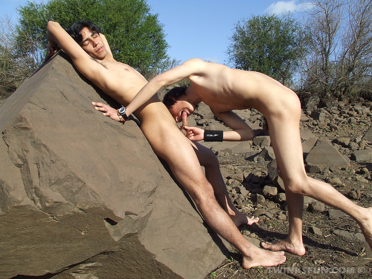 Young Naked Boys Fuck On The Shore